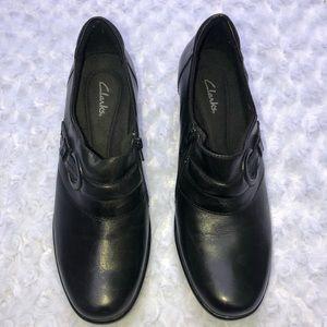 Clark's Women's  Black Leather Bootie Size 9.5